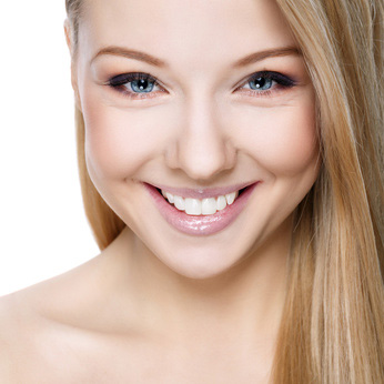 SunnySide Dental offer Facial Aesthetics for that younger look. Image of youthful girl